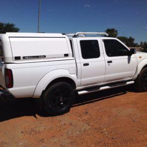 Nissan_Double Cab_NP300_RhinoCab_White (3)