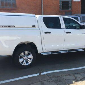 Toyota Hilux_Double Cab_HDCRL_RhinoLite (6)